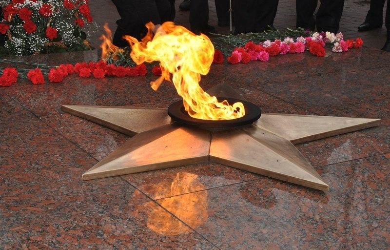 Открытки, картинки о вечном огне для детей